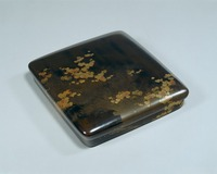 Writing box lacquered with metal powder, the picture on top: ivy on the brushwood-fenceimage