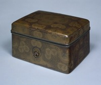 Small box with the pattern of wooden folding fan in mother-of-pearl inlayimage