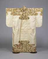 Nuihaku (Nō costume)—white fabric based, with design of paulownia tree, fire-bird, reed, cherry blossoms and snowy bamboo on top and bottom partsimage