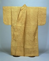 Kosode (kimono with small wrist openings), paulownia tree and bamboo pattern on pale-brown twill weave fabricimage
