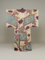 Furisode (kimono with long sleeves)   Plum tree, standing screen, and falcon design on white chirimen crepe groundimage